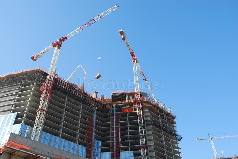 construction-lift-4080622